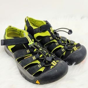 Keen Water Hiking Outdoor Sandal Shoes Size 6
